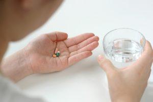 不眠症の睡眠薬や生活改善による治療法