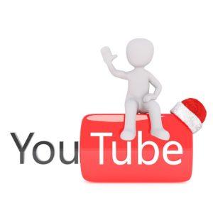 YouTubeの動画をアップロードします。