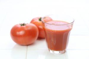 野菜ジュースは健康に良いのか