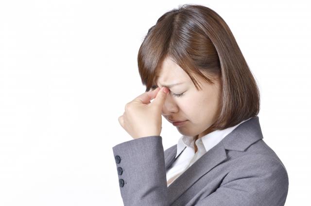 涙点の拡大や涙点迷入について解説